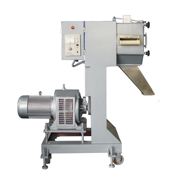 Twin Screw Extruder for Impregnation of Long Glass Fiber Reinforced Thermoplastic Composites